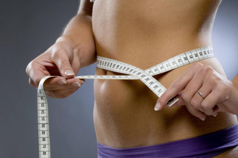 Запускает процесс подавления клеток жировых отложений