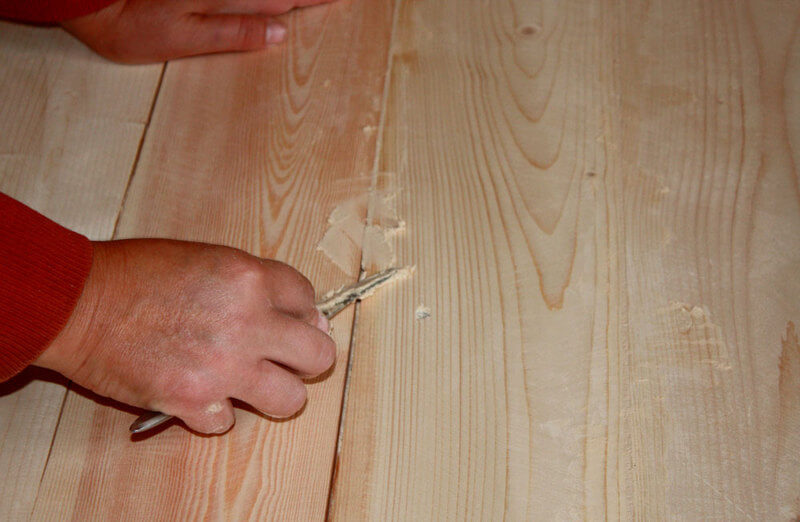Заделывание любых структурных дефектов, по типу трещин, выемок, бугров и т.д