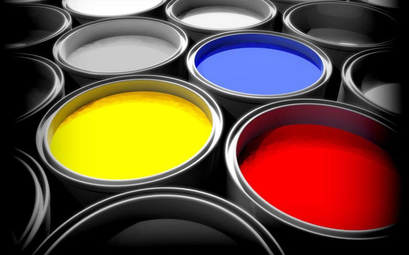 Советы при выборе краски для заборов из штакетника