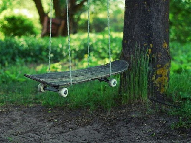Качели из скейтборда